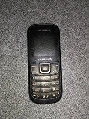 Мобильный Samsung GT-E1200M