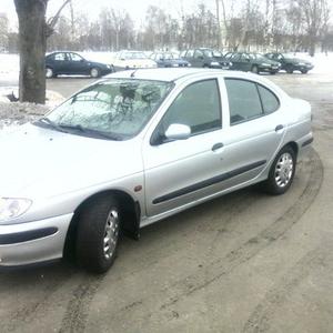 Продам автомобиль Renault Megane Classic