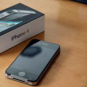 КУПИТЬ 2 GET 1 БЕСПЛАТНО: Factory Unlocked Apple,  iPhone 4G HD 32GB