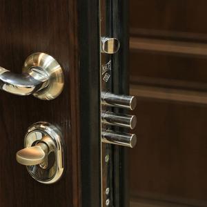 Входные двери утеплённые под ваш размер от производителя.