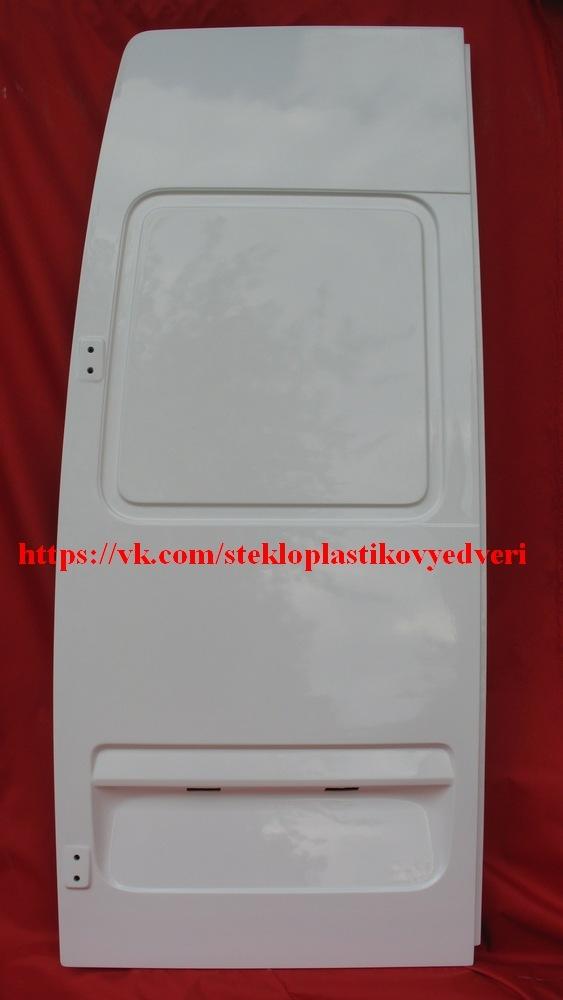 Стеклопластиковые задние двери Мерседес Спринтер 8