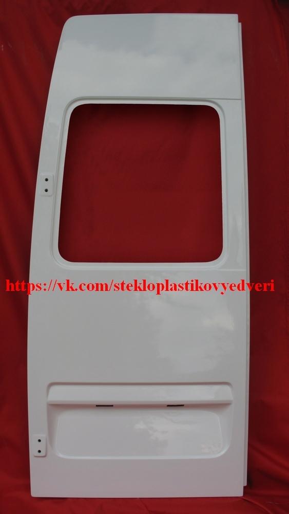 Стеклопластиковые задние двери Мерседес Спринтер 5