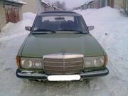 мерседес 123 1978 г.в.,  2.4 дизель,  зелёный,  г/у,  фаркоп 1000 у.е. тор